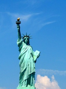 new-york-statue-liberte-face-big